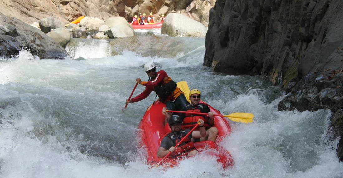 white water rafting manuel antonio 100